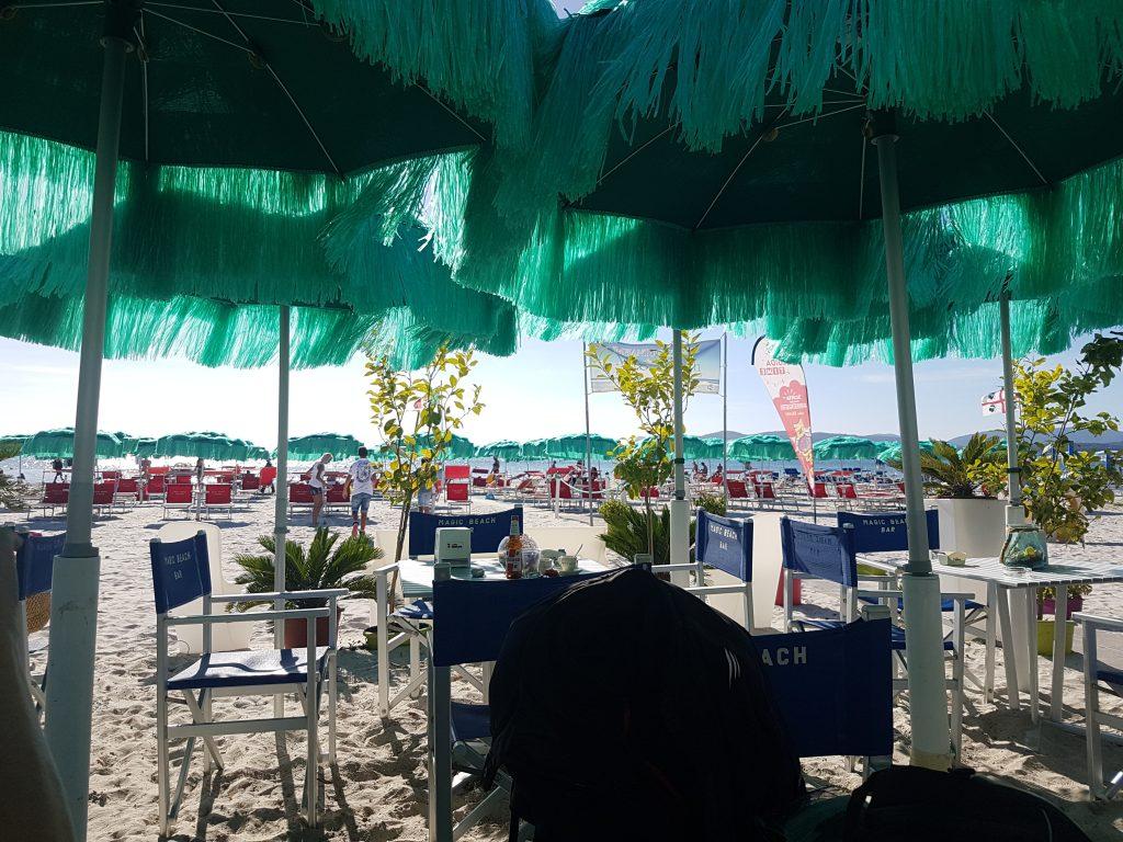 Café am Strand von Alghero