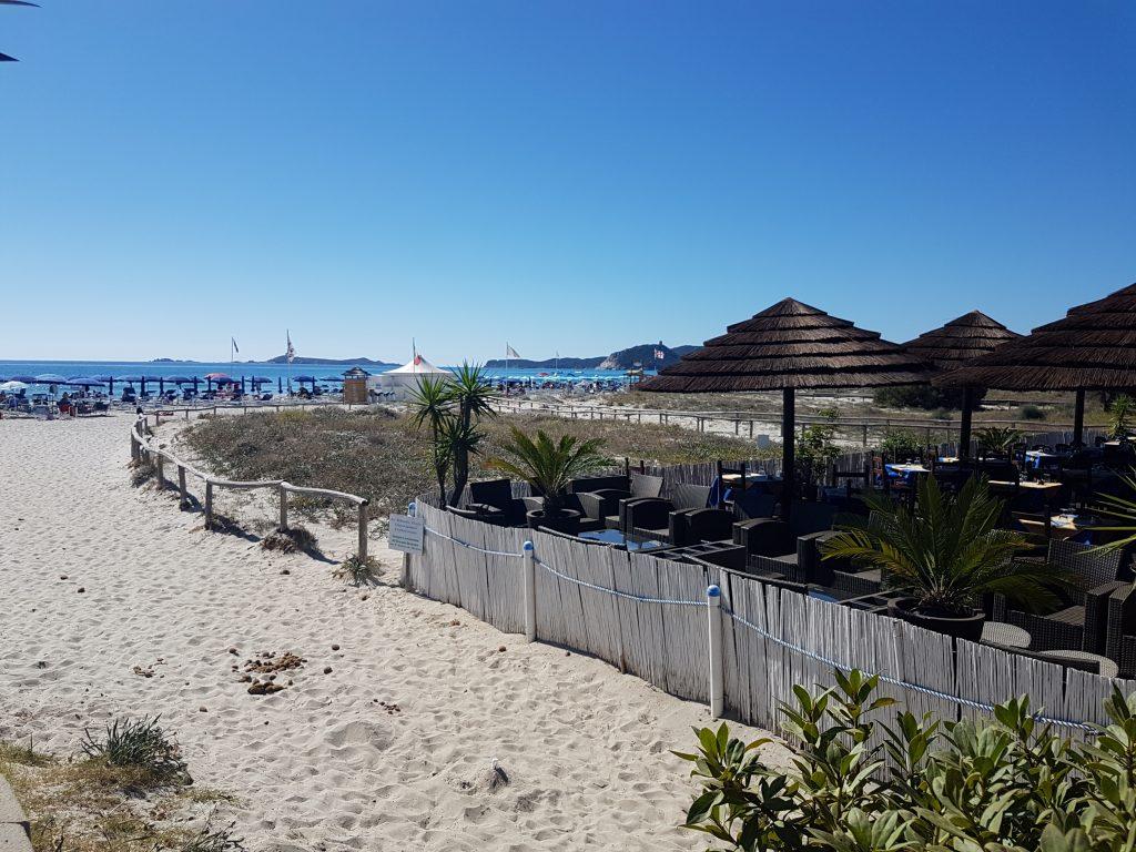 Kaffee am Strand in Villasimius