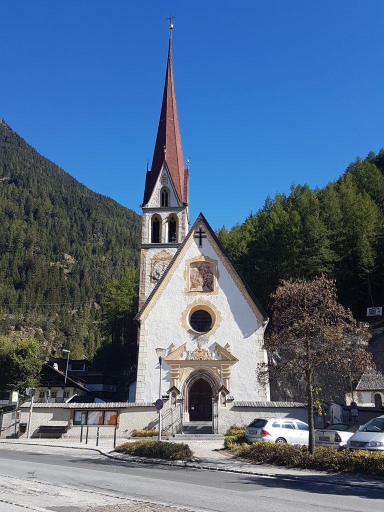 Kirche in Längenfeld