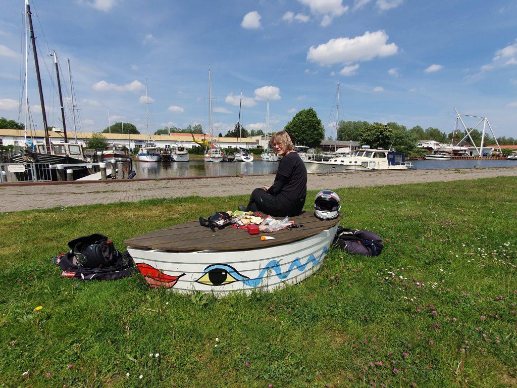 Picknick-Schiff in Varel