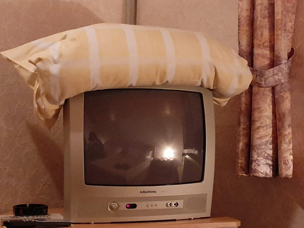 Röhrenfernseher - im Hotel, nicht im Museum