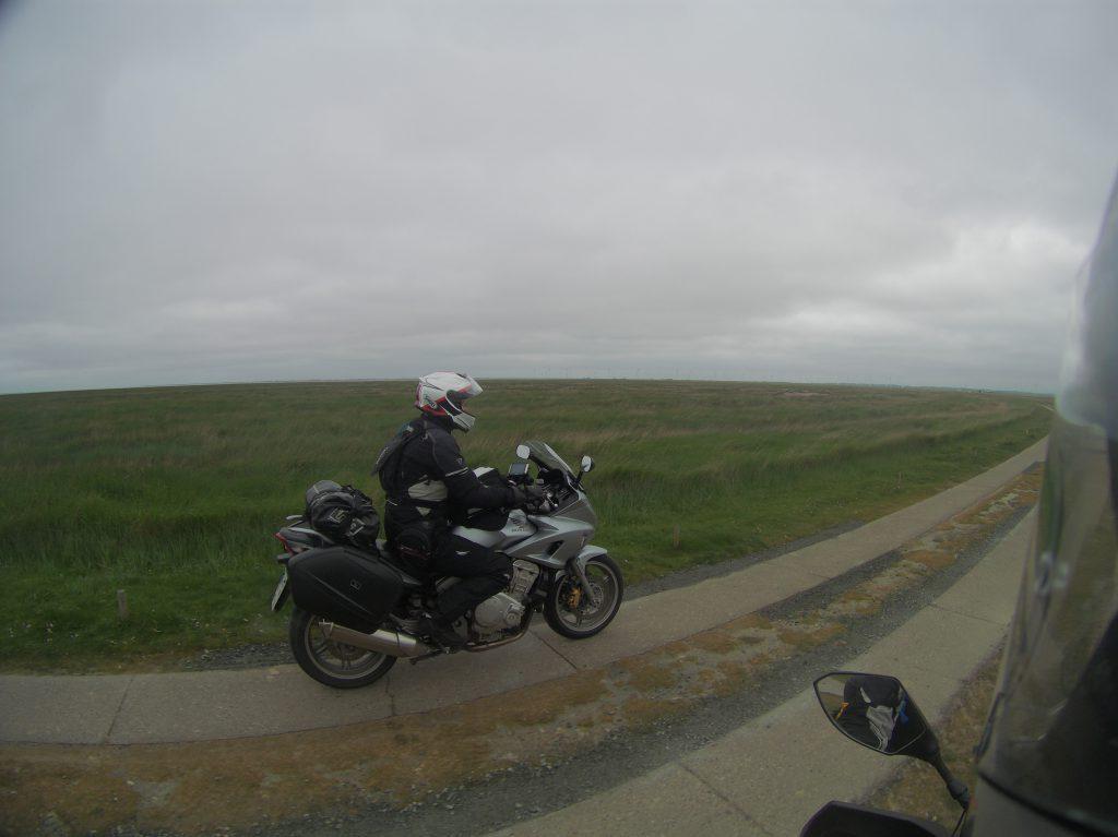 Monika auf der Spur neben mir