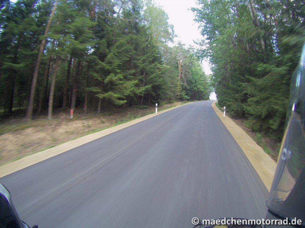 Hier ist die neue Straße schon fertig