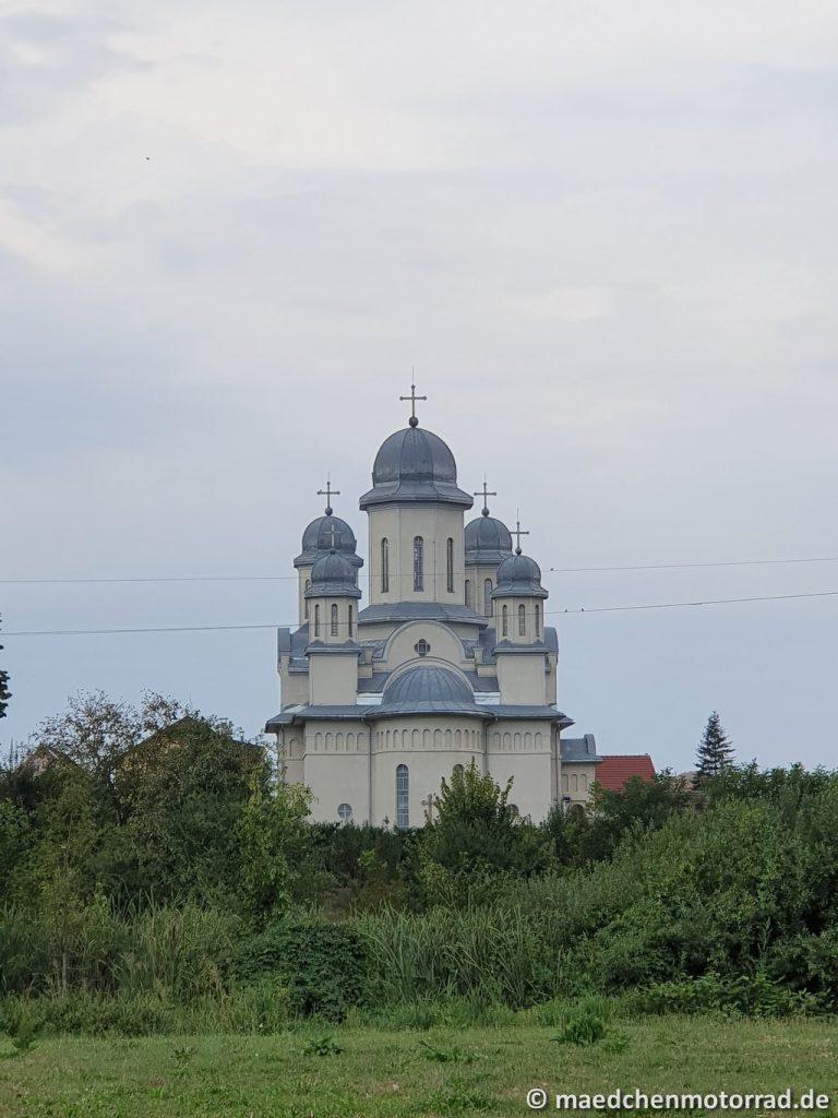 Und auch hier der Blick auf eine Kirche