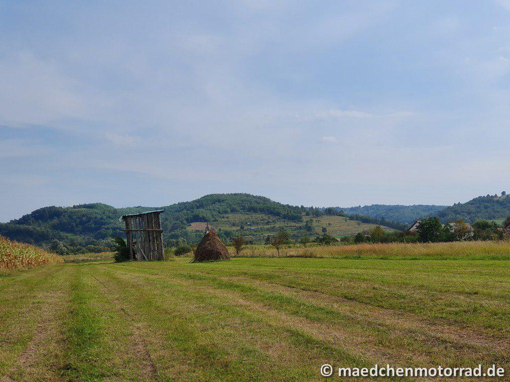 Blick auf die Hügel hiniter Sapanta