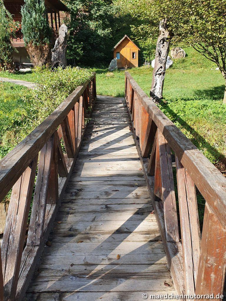 Mit Brücken drüber