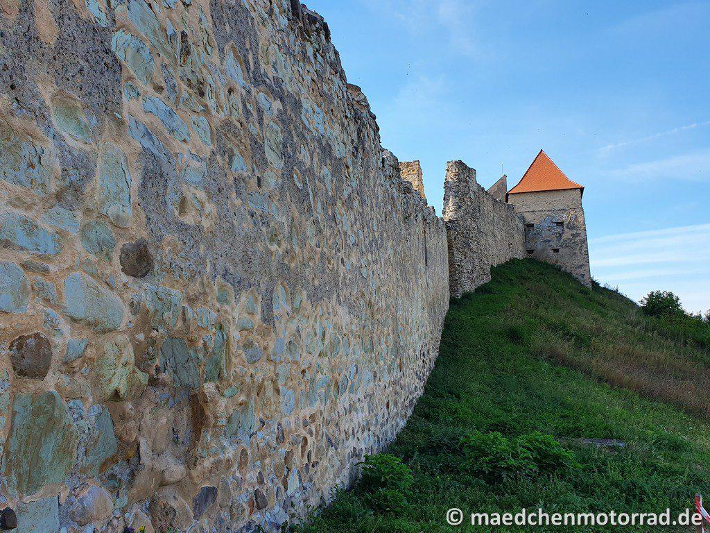 Dicke Mauern, hohe Türme