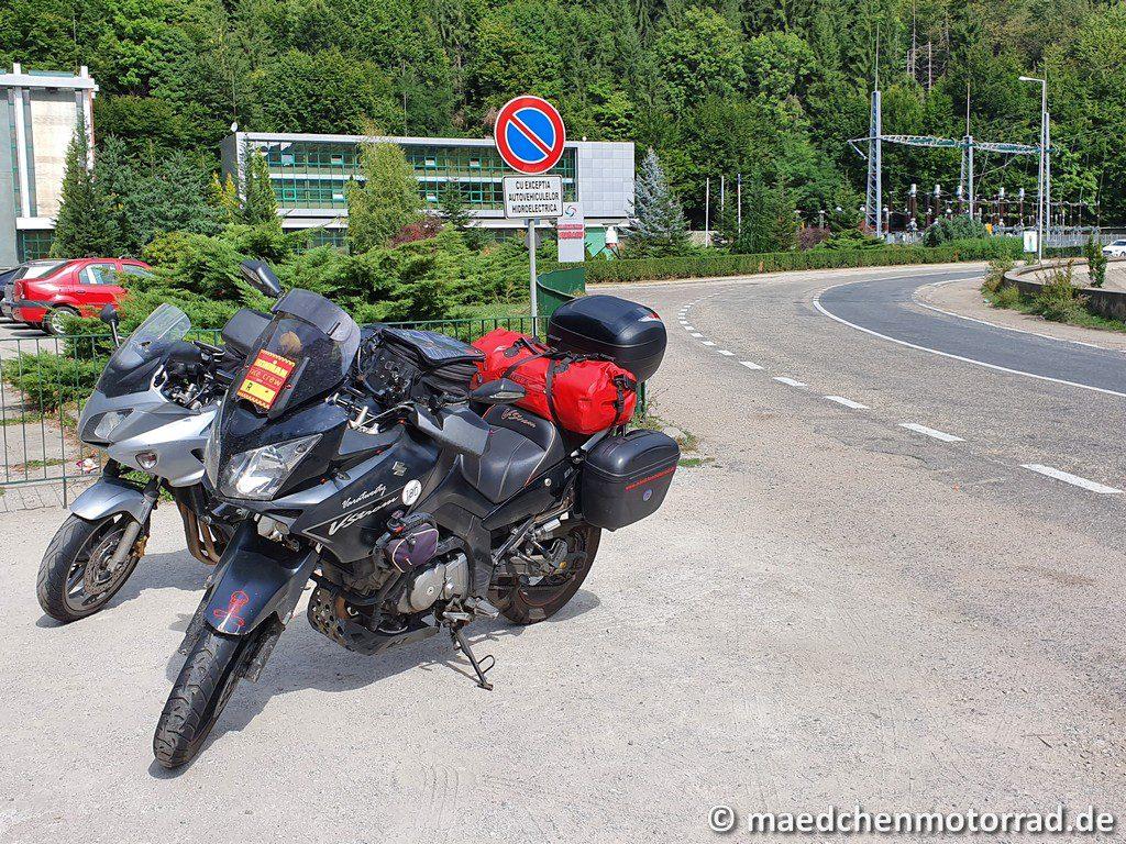 Die Motorräder stehen auf gar keinen Fall im Parkverbot!