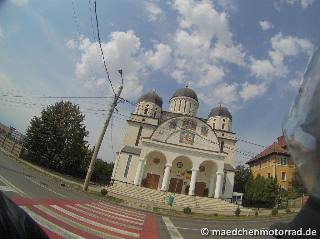 Eine der vielen Kirchen in Rumänien