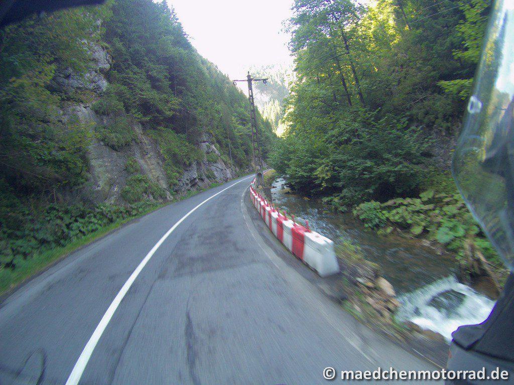 Rumänische Straßenbegrenzung