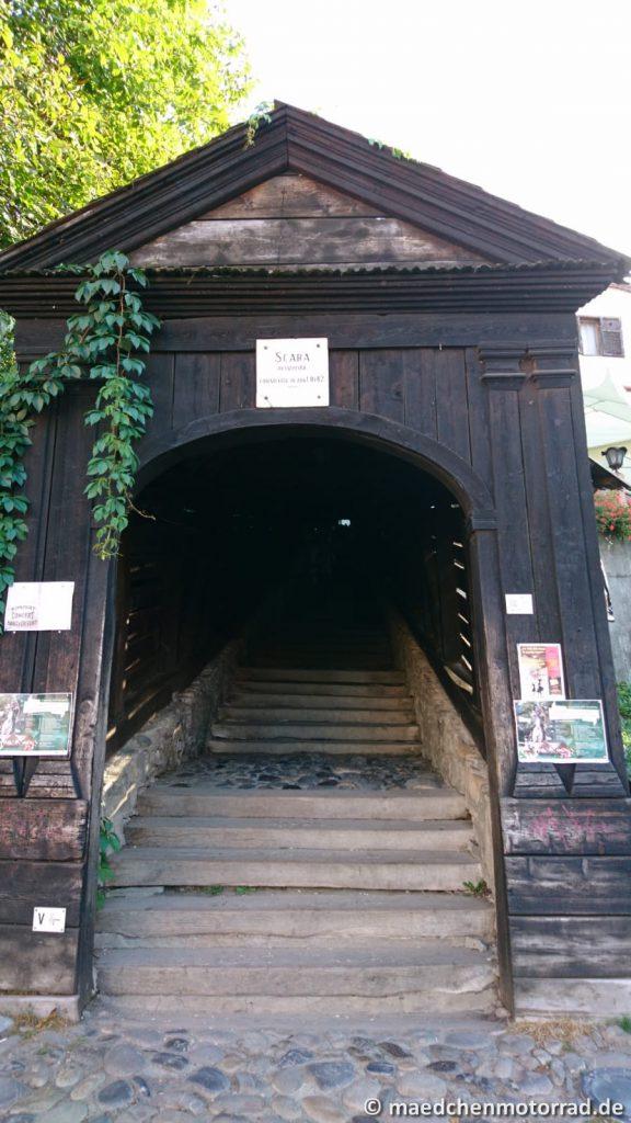 Schülertreppe von 1642 mit 175 ebenso alten Stufen