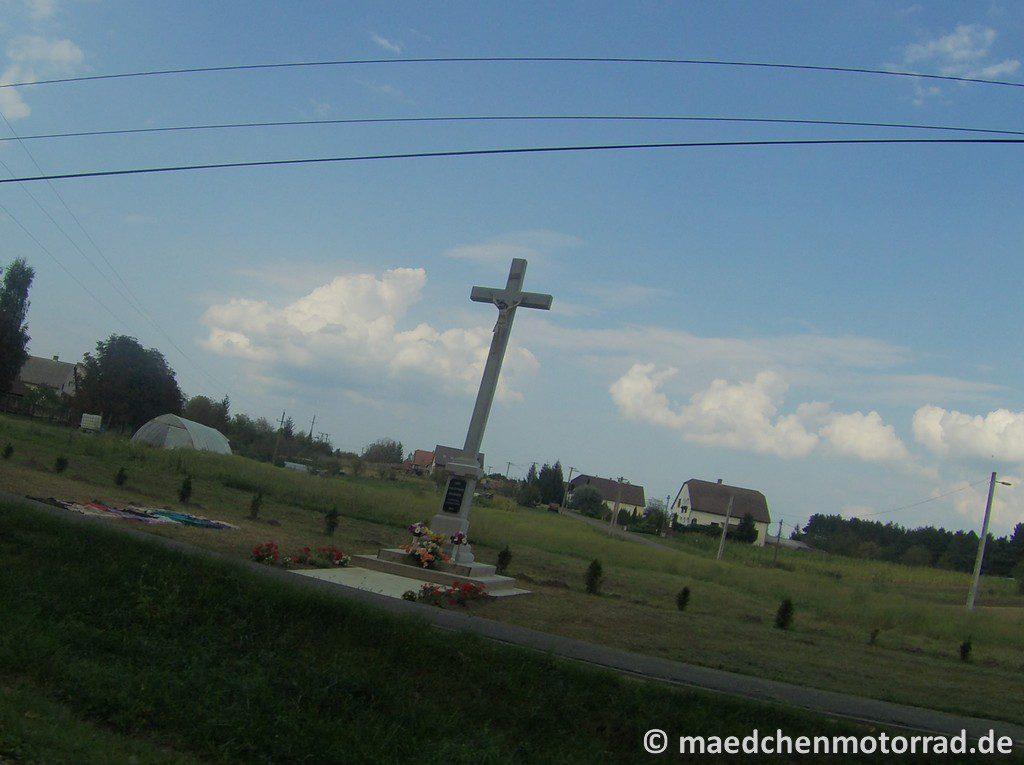 Kreuz am Wegesrand