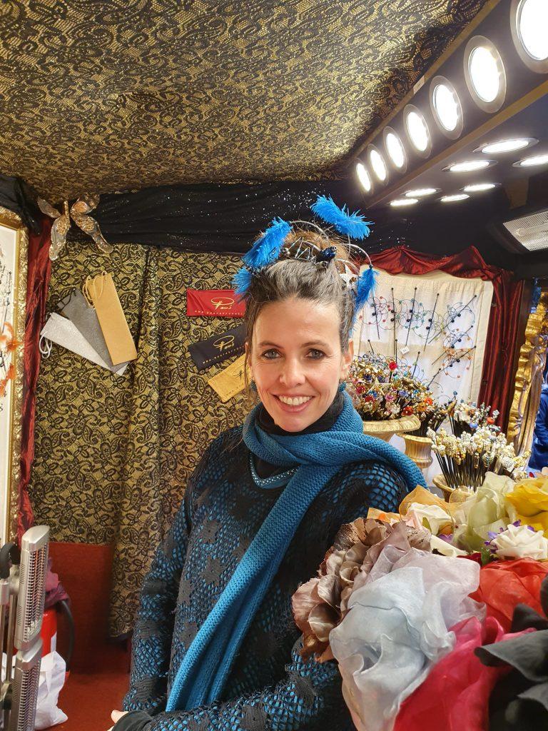 """Anderes """"Ich"""" auf dem Weihnachtsmarkt"""