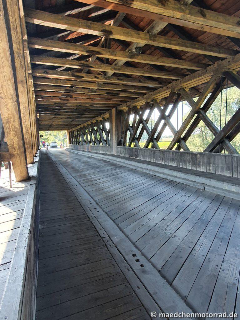 Holzbrücke von innen