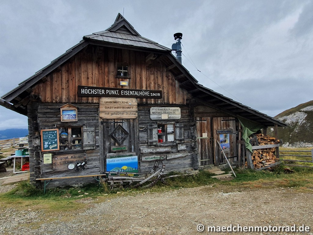Hütte auf der Eisentalhöhe