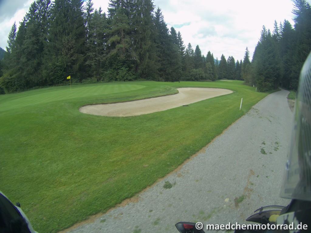 Einmal quer durch den Golfplatz
